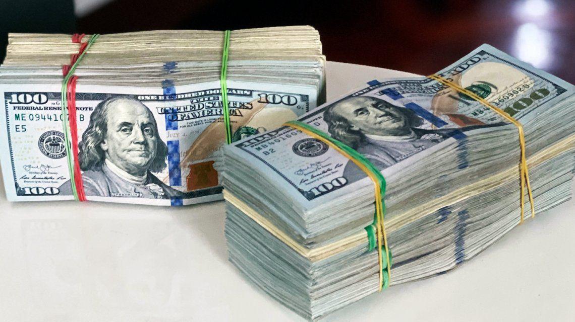 Por qué el dólar blue sigue subiendo y no tiene techo
