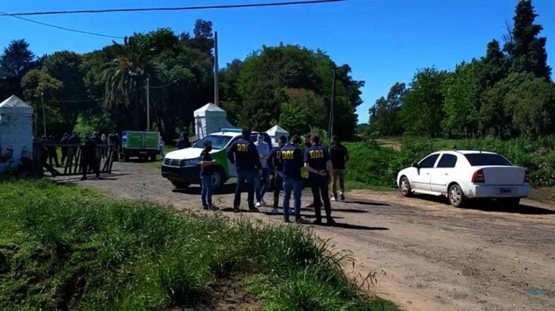 Encuentran asesinado a un hombre dentro de su auto en Junín