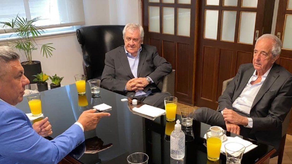 Tapia se reunió en AFA con D'onofrio y Ameal